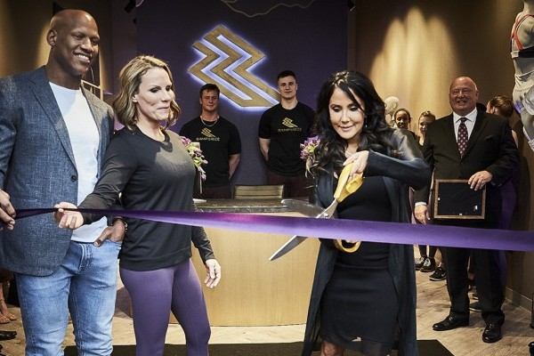 Alba Tull, Ryan Shazier debut fitness facility in Sewickley